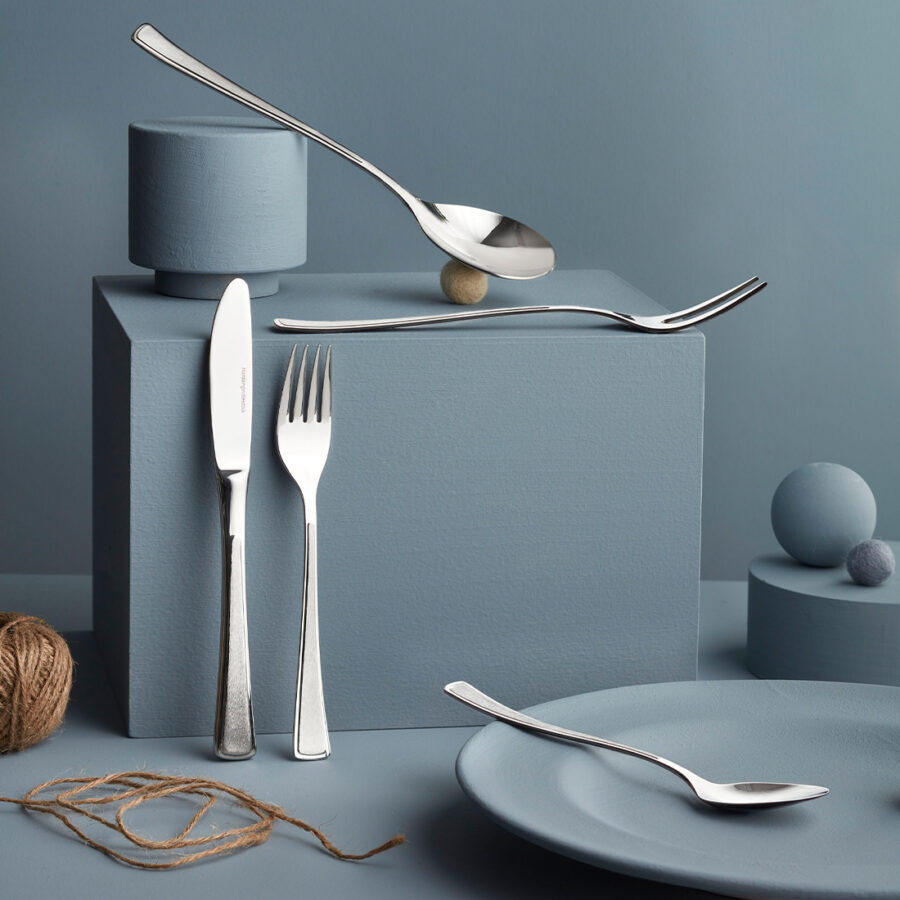 Image of different kinds of cutlery from Hardanger Bestikk